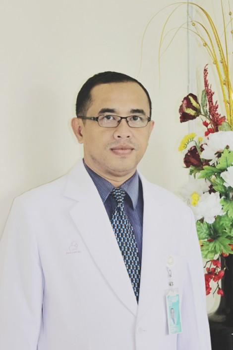Dr. Timothius Ari Dartoko