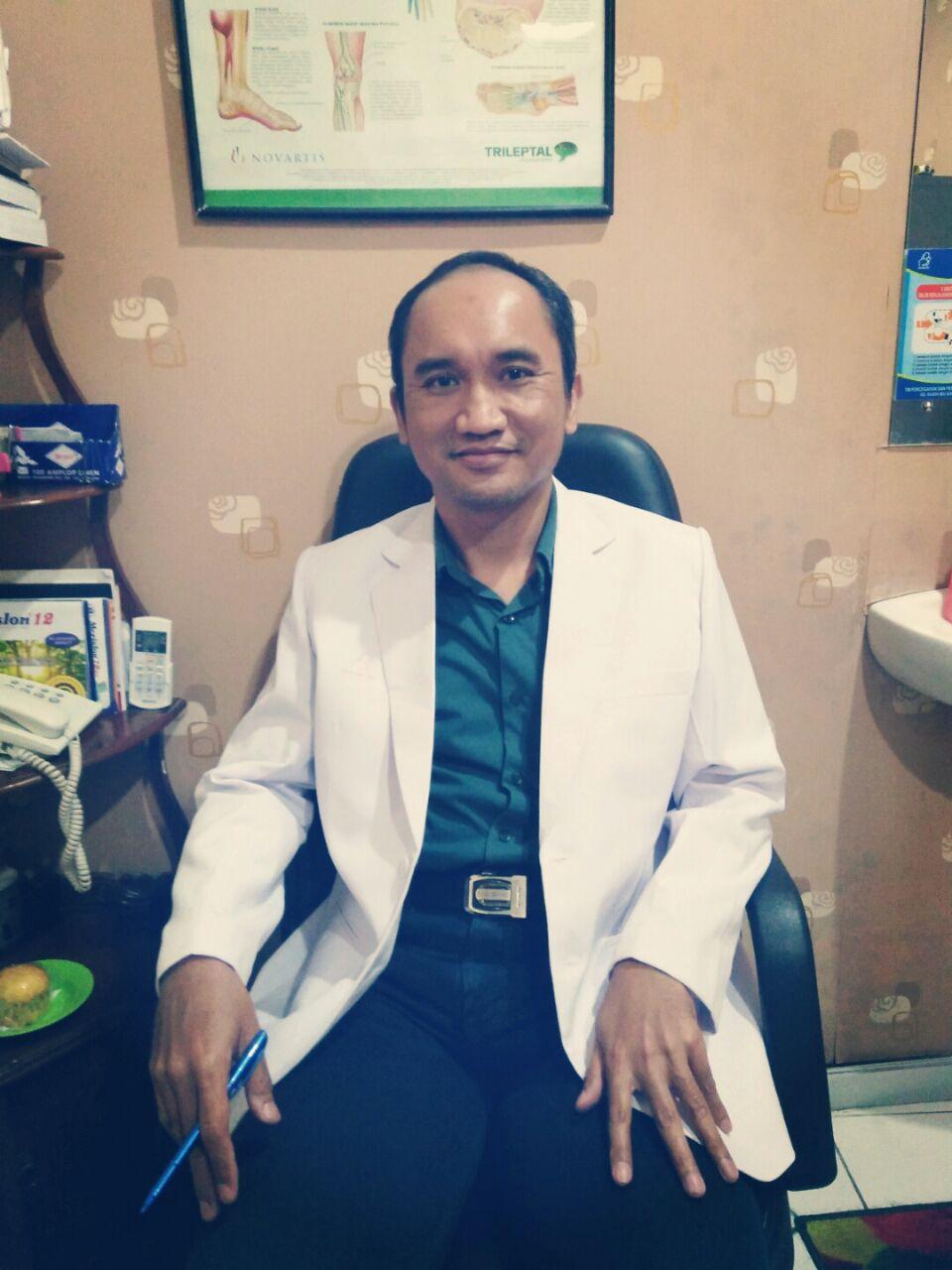 dr hanis
