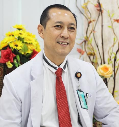 Dr.Tri Budi